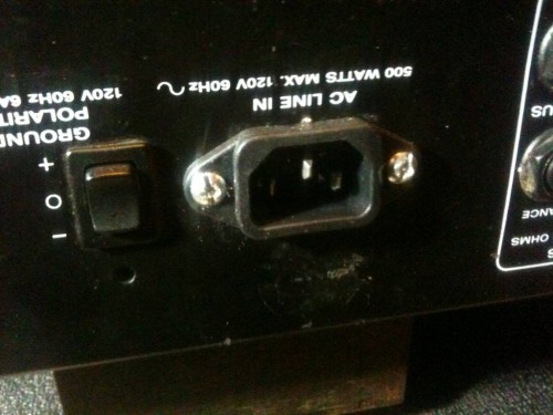 Ampeg VH-140C power jack outside